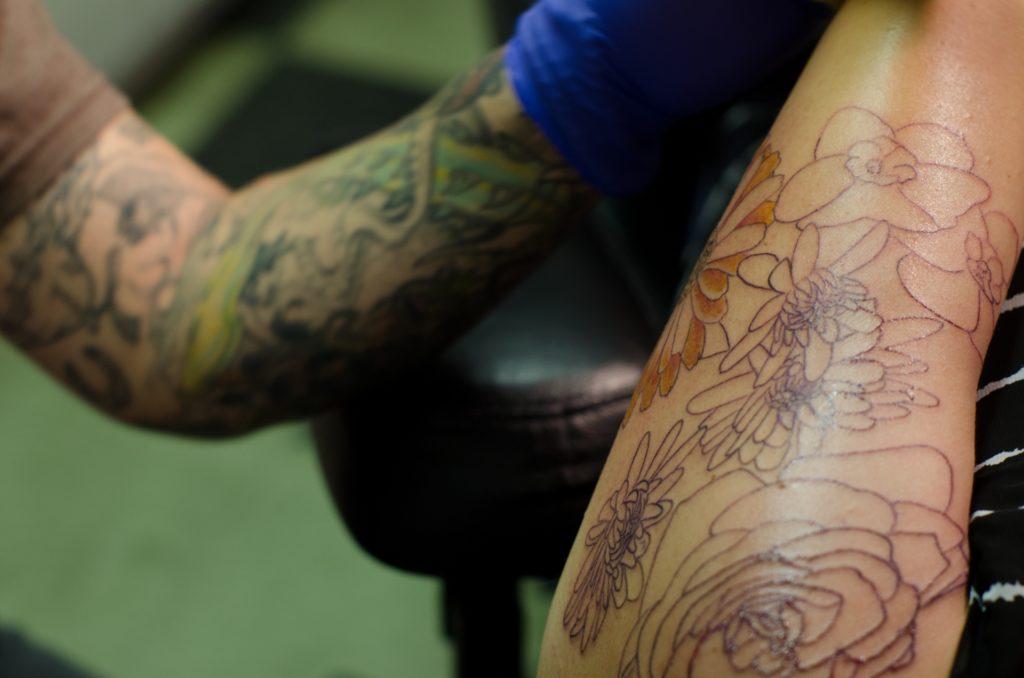 タトゥー、入れ墨はNG